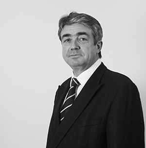 Russell Davies - Deans Court Chambers