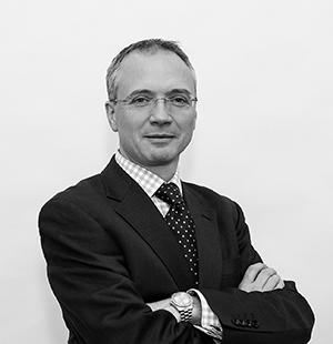 a-Simon-McCann